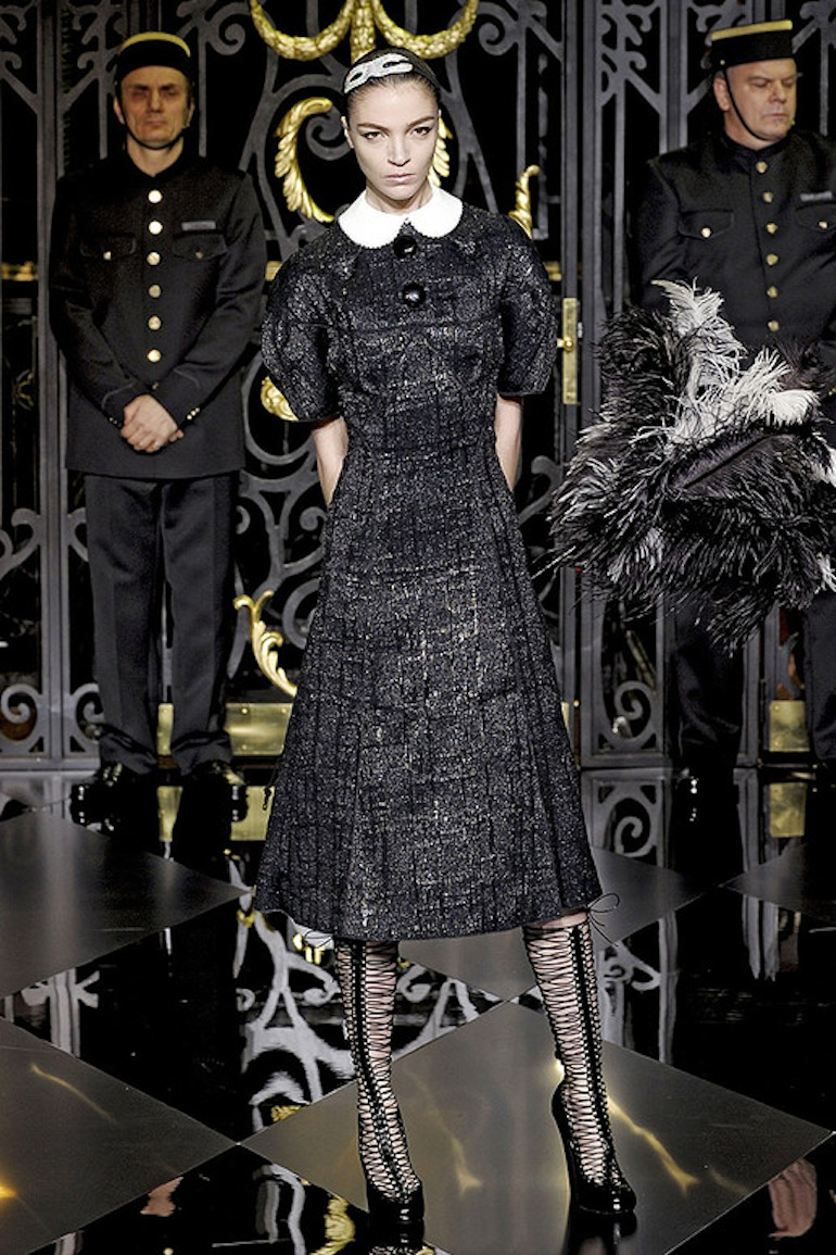 Louis-vuitton-FALL-2011maid