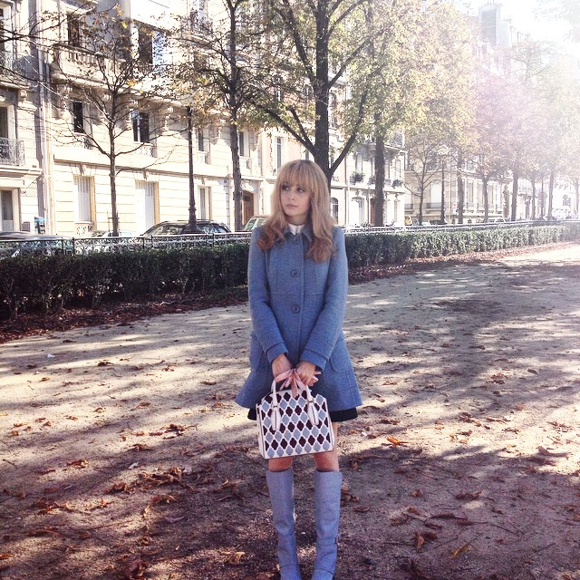 Belle de Jour 2.0 today ! Wearing @asos_fr coat, @tods bag and boots ! ????