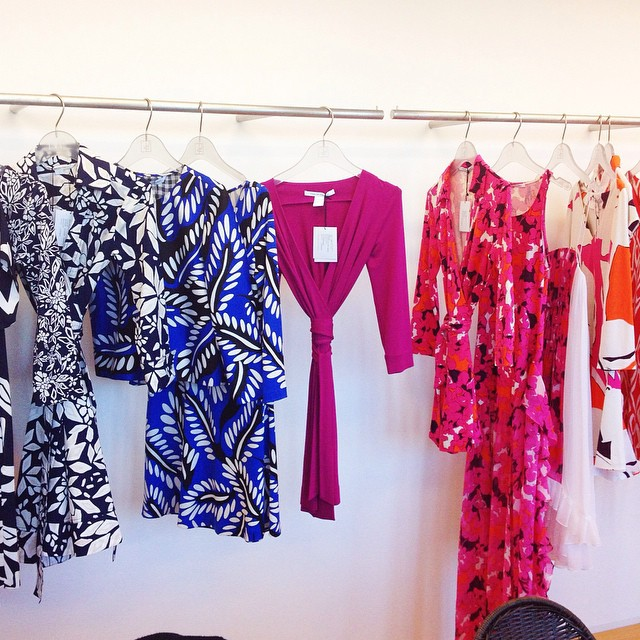 The dazzling spring/summer @dvf collection at the Tokyo showroom ! We're choosing the looks for the shooting with Marie-Claire Style and for the Zip! Show on friday ?