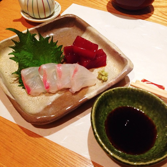 Sashimis, fugu and other japanese delights for my last meal in Tokyo, with the Marie-Claire team..